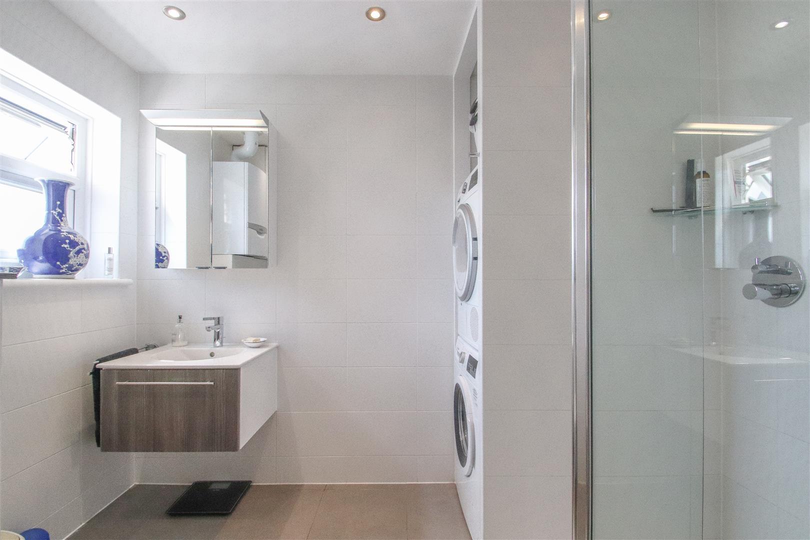 Shower - Utility